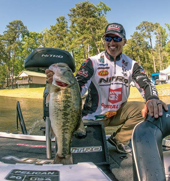 Edwin Evers fishes big worms on Northeast lakes