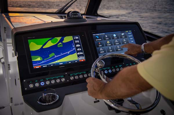 Everglades 340DC helm dual displays