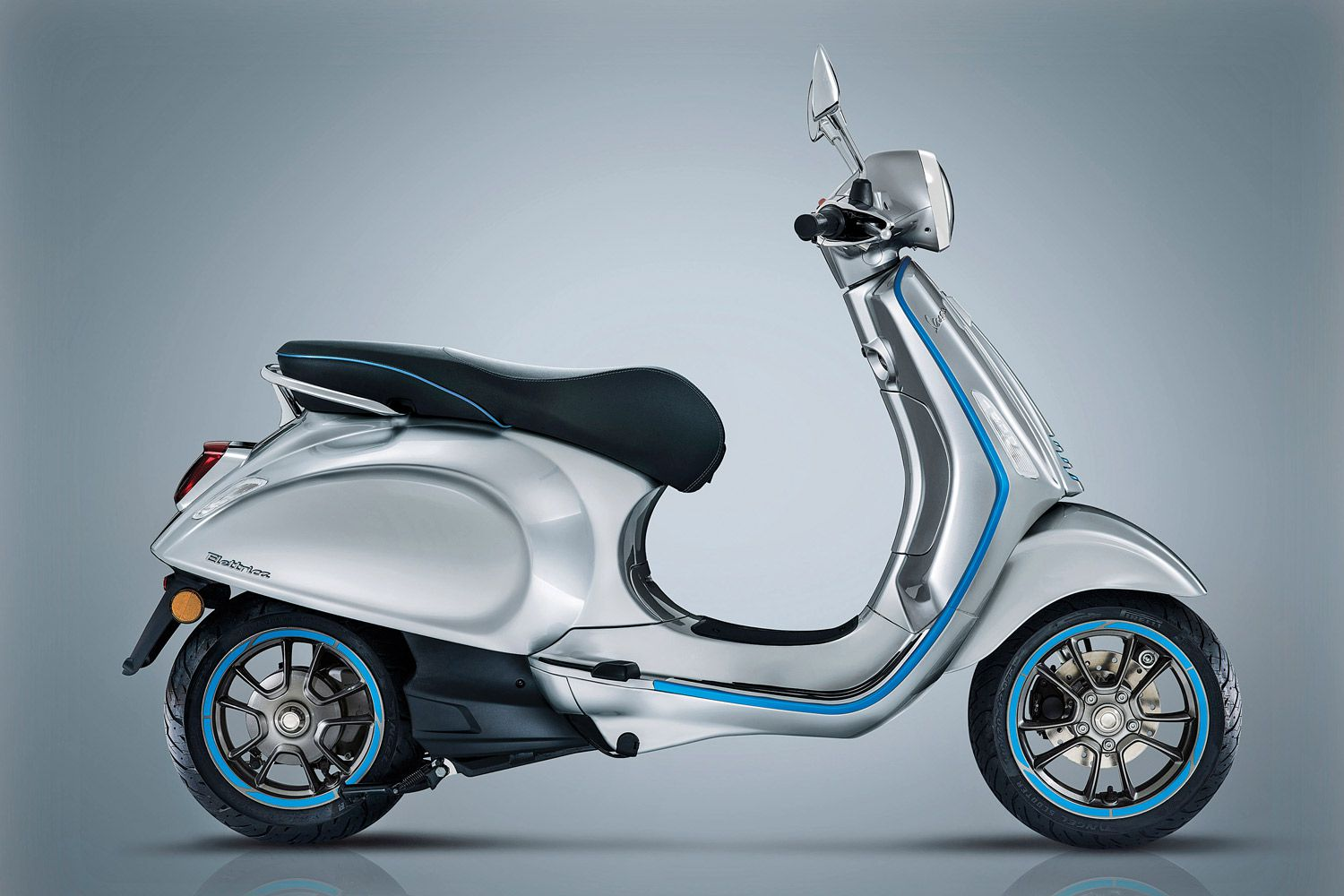 "The trim (shown in standard ""azzurro elettrico"" blue) on Vespa's Elettrica can be customized in six colors."