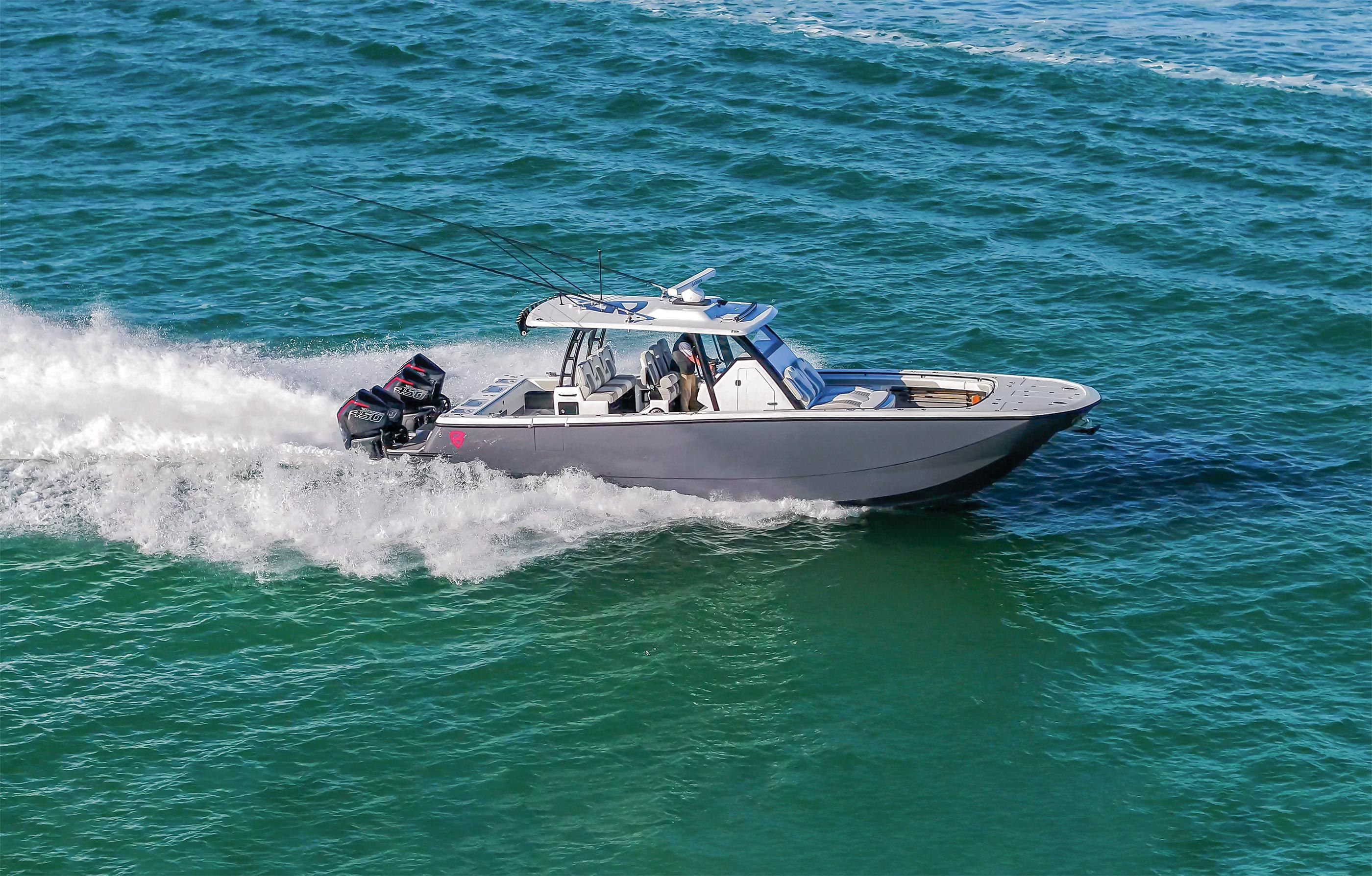 Four 450Rs offer a 600-mile-plus range: more with optional auxiliary 100-gallon tank.
